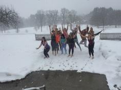 Yoginis 2 in snow